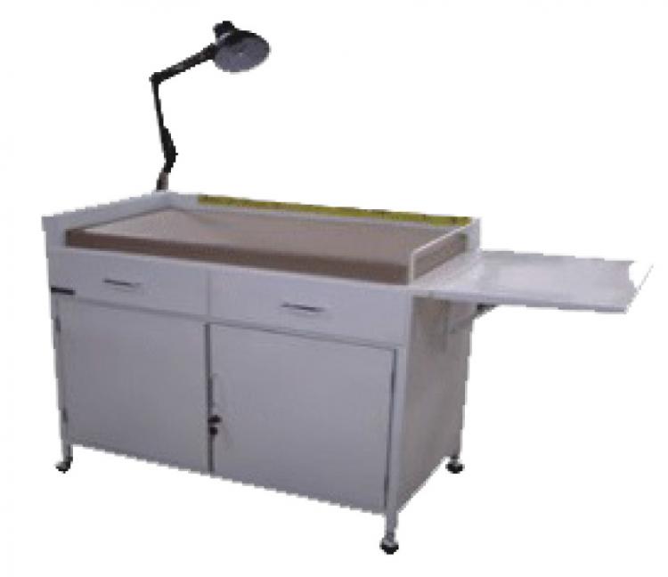baby-dressing-table-lamp-meja-ganti-popok-baju-dengan-lampu